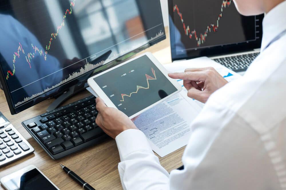 نصائح للتداول في الأسواق المتقلبة-Ashoum.com-أسهم