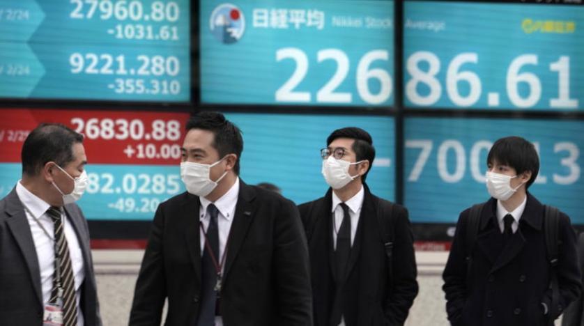 تراجعت سوق الأسهم اليابانية بسبب المخاوف الاقتصادية وارتفاع الين